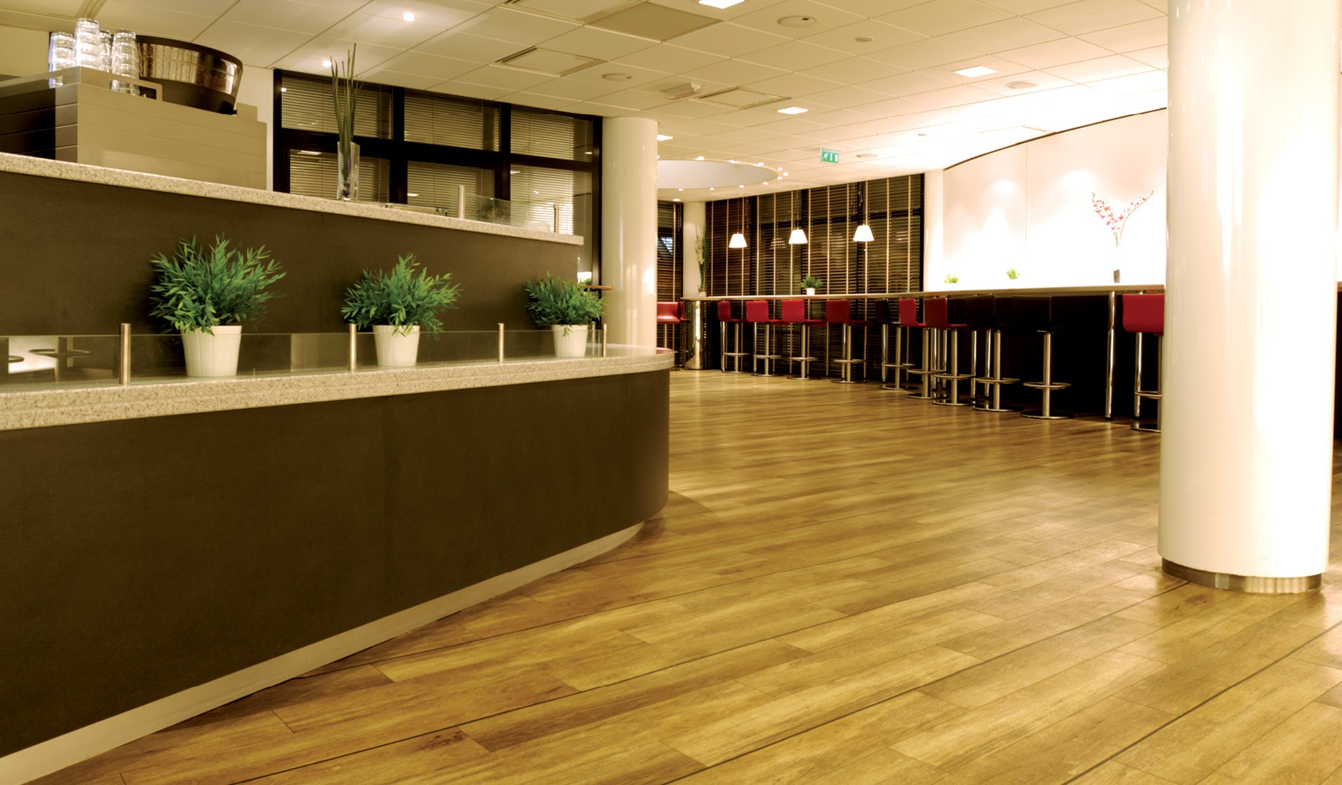 Buy Best Vinyl Oak Flooring Dubai Abu Dhabi Al Ain Uae